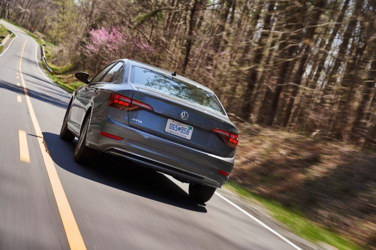 2019 Volkswagen Jetta SEL Review: Good Value For The Money 3