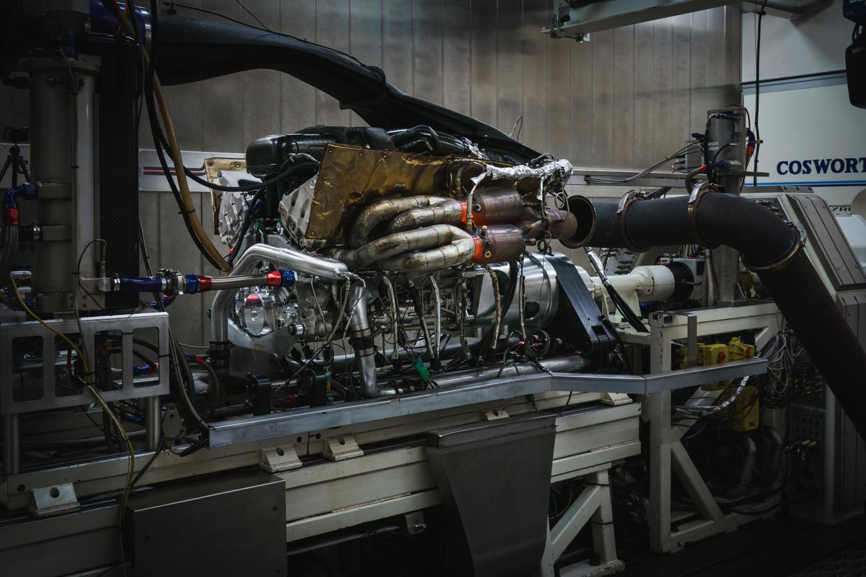 Aston Martin Valkyrie Engine Your Greatest Dream Or Worst Nightmare