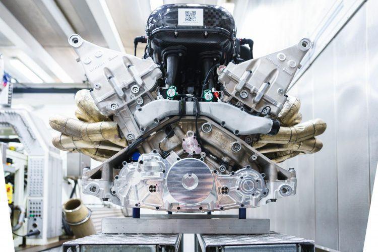 Aston Martin Valkyrie Engine 8