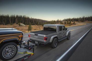 2020 Jeep Gladiator: The Warrior Emerges 22