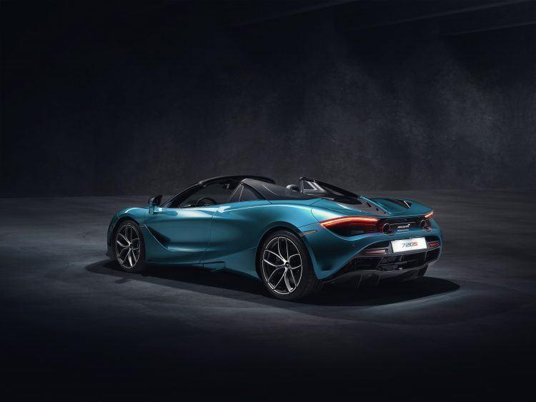 McLaren 720S Spider Dec 2018 studio image 02