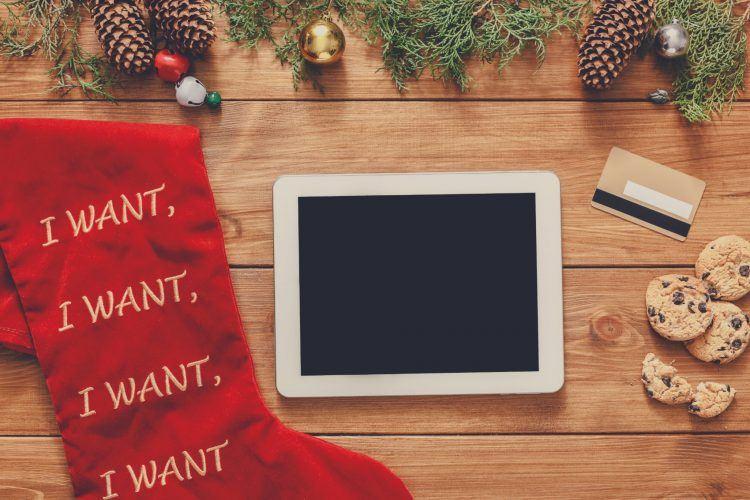 christmas online shopping background P9GNPK5