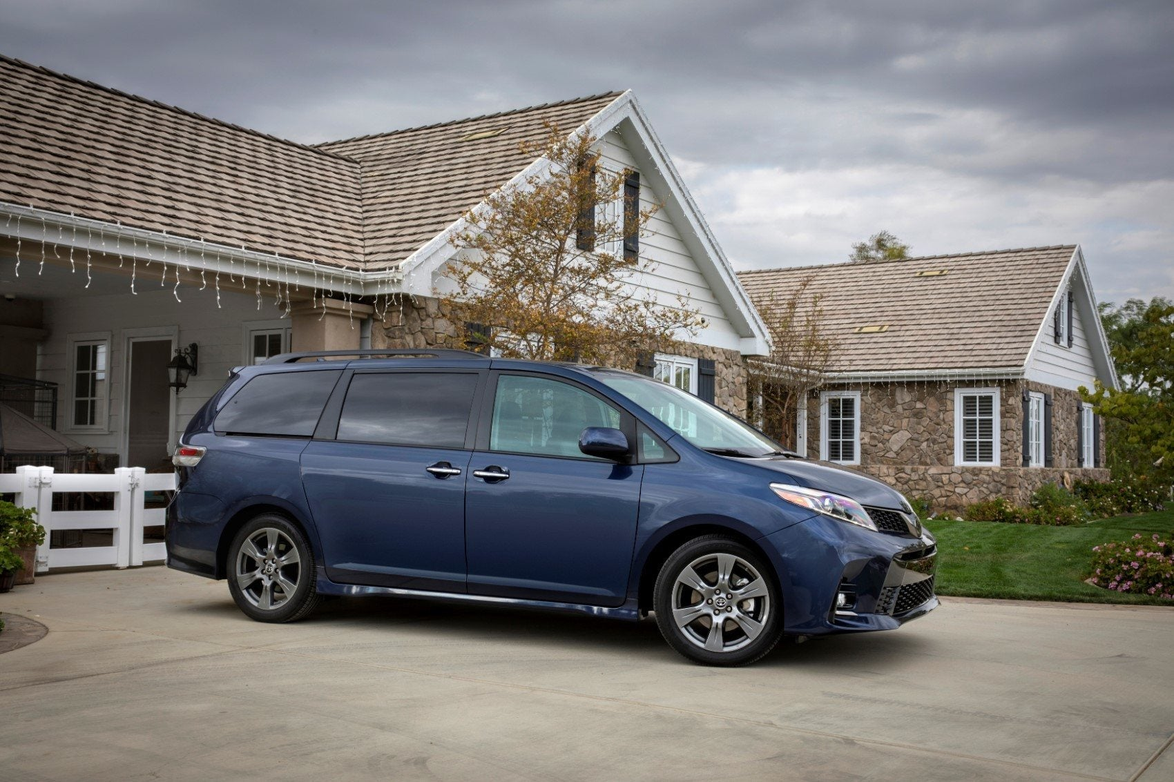 2019 Toyota Sienna Review Performance For Families Where