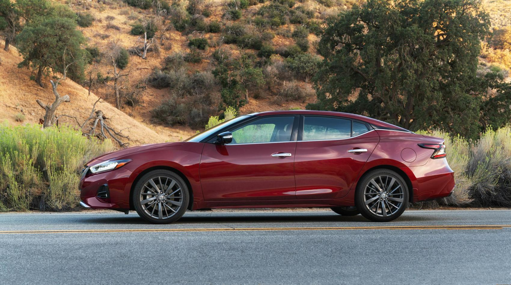 2019 Nissan Maxima: Athletic. Luxurious. But Too Expensive?