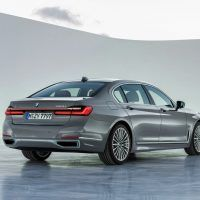 P90333090 highRes 200x200 - 2020 BMW 7 Series: The Big Boss Gets The Flagship Overhaul
