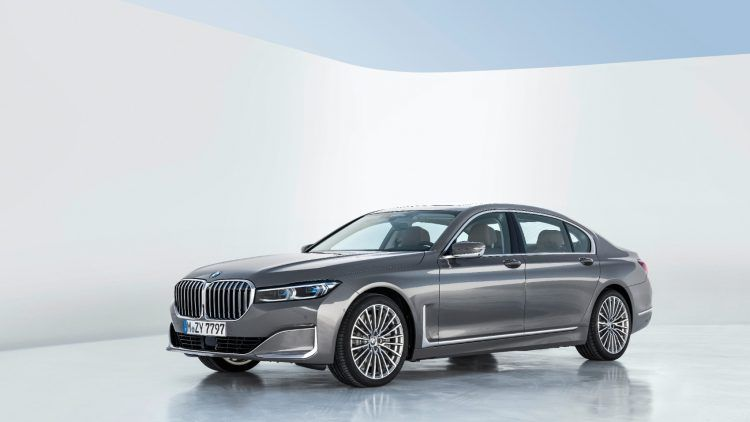 P90333102 highRes 750x422 - 2020 BMW 7 Series: The Big Boss Gets The Flagship Overhaul