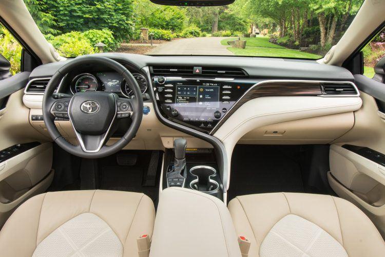 2018 Toyota Camry XLE Hybrid 09 FFECDB4DF8483CA9DF7A16F029636AAD89C33B95