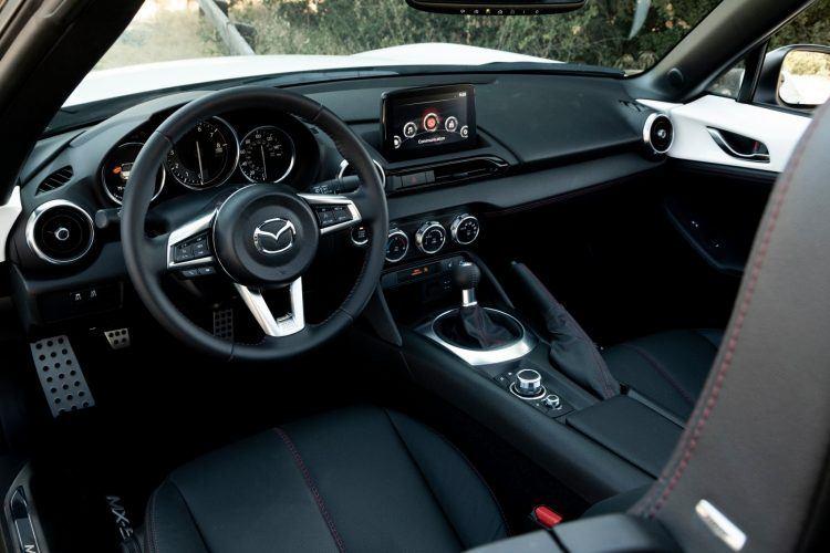 2019 Mazda MX 5 Miata 33 1