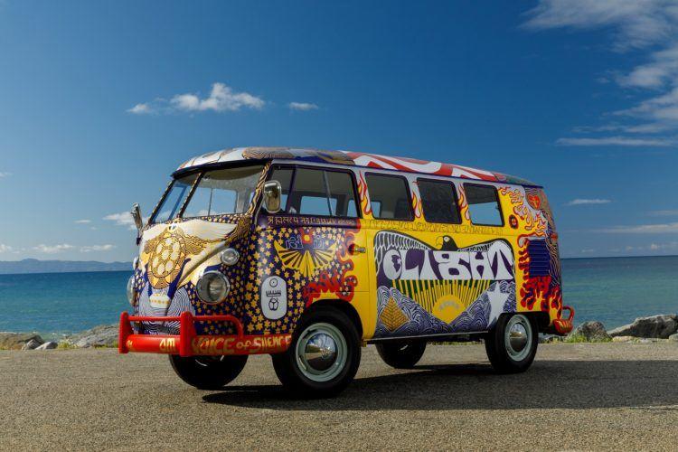 VW LIght Bus H  9572