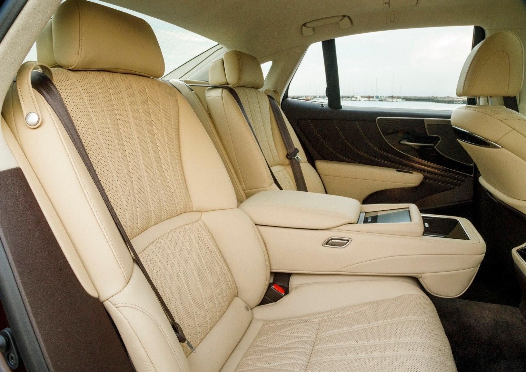 2020 Lexus LS 500 rear seat layout.