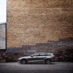 223590 New Volvo V60 exterior