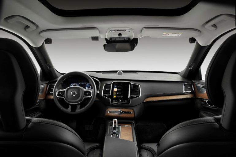 New Volvo Tech Could Intervene During Distracted & Intoxicated Driving 22
