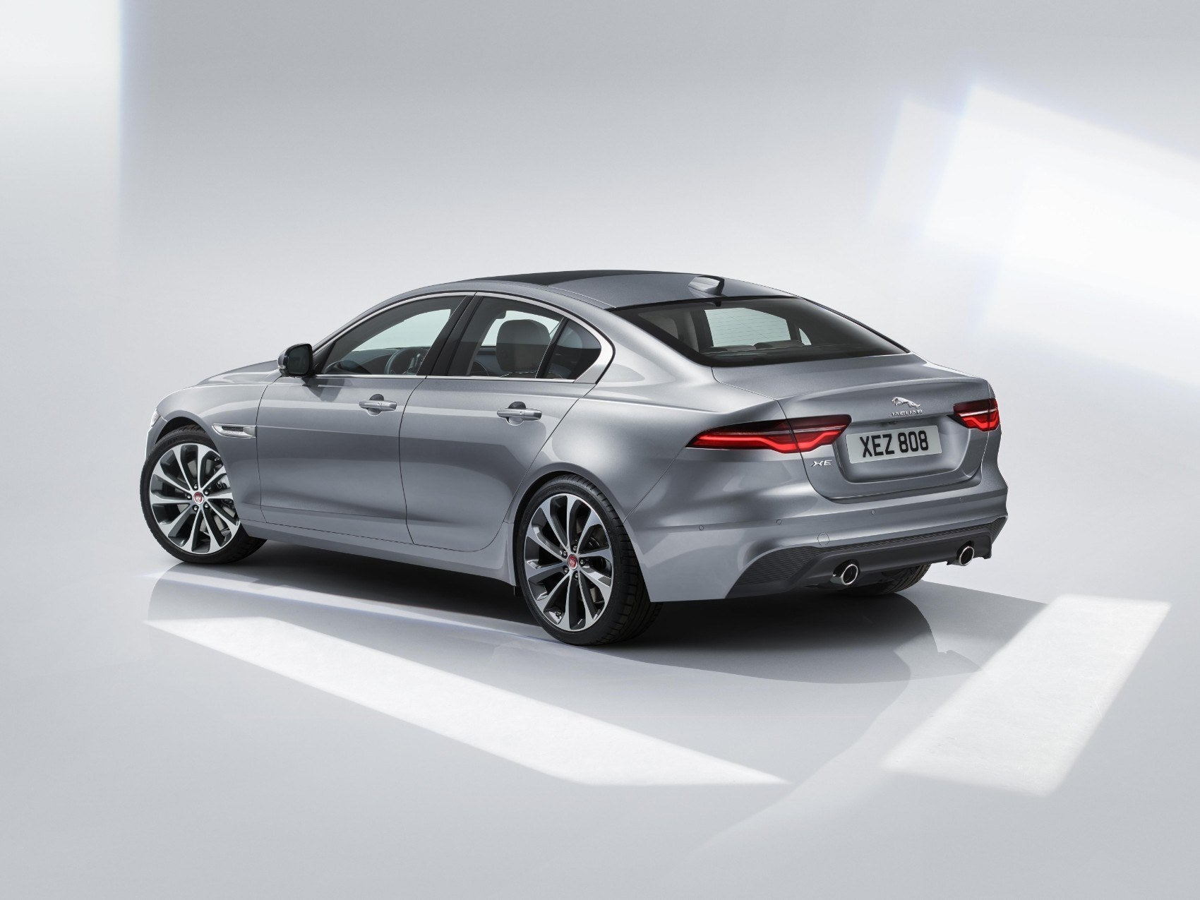 How Hybrid Cars Work >> 2020 Jaguar XE: Proper, Precise & Sporty In All Ways British