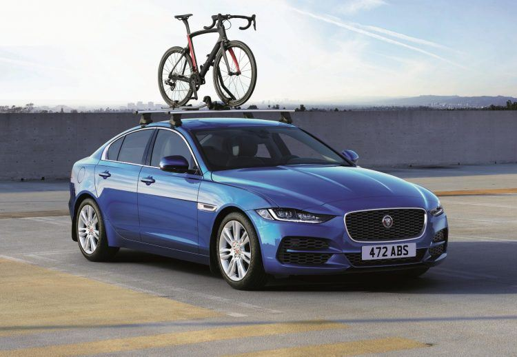 Jag XE 20MY Location Accessories 260219 211 ACC