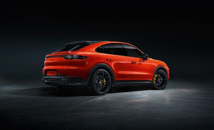 "S19 1689 fine 750x456 - 2020 Porsche Cayenne Coupe: Now With ""Broader Shoulders"""