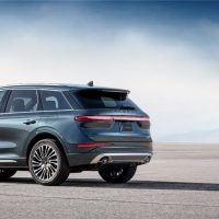 All New 2020 Lincoln Corsair Reserve Appearance Pkg Exterior 02 200x200 - 2020 Lincoln Corsair: The Skull & Bones Clubhouse On Wheels