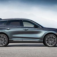 All New 2020 Lincoln Corsair Reserve Appearance Pkg Exterior 03 200x200 - 2020 Lincoln Corsair: The Skull & Bones Clubhouse On Wheels