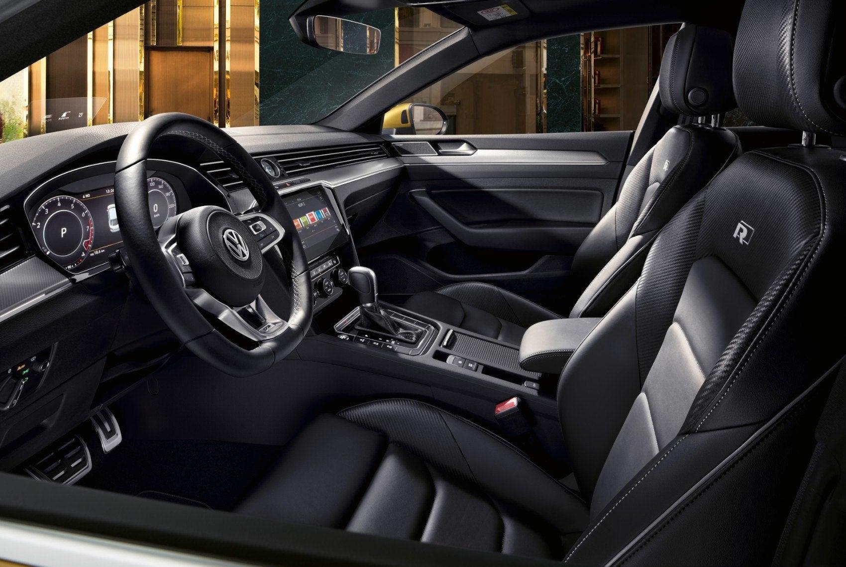 2019 Volkswagen Arteon Not So Fastback