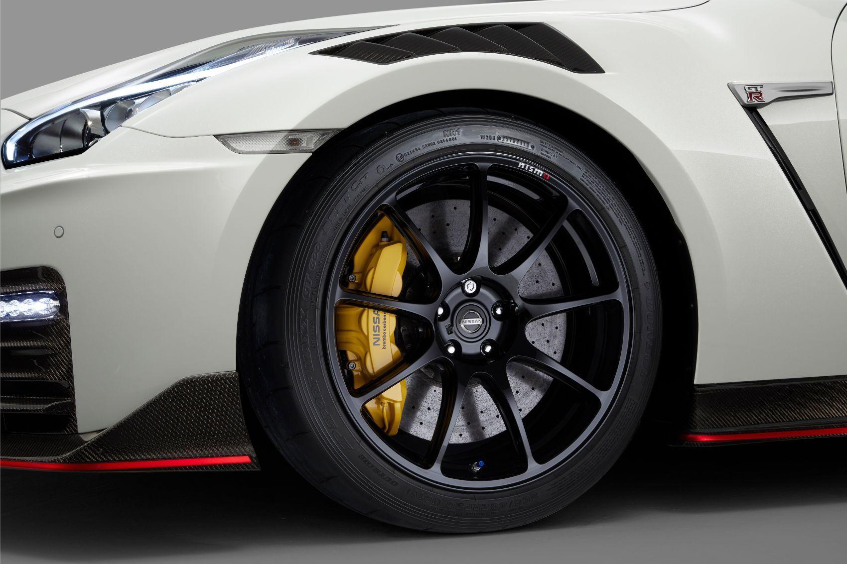 2020 Nissan GT R NISMO Brembo 2