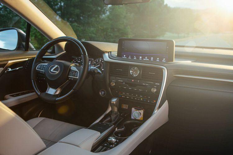 2020 Lexus RX 450hL 13 5086ED6AAE7EDB539987485C444F6D26FAAB40B1