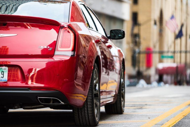 2019 Chrysler 300 Review: An Affordable Executive-Level Car 18