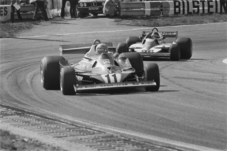 Lauda and Laffite at 1977 Dutch Grand Prix