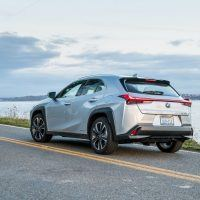 LexusUX SilverLiningMetallic 003 E59768BEE28B59F5DF35C4A6B32FDE1529C0E325 200x200 - 2019 Lexus UX 250h Review: A Small Package For The Big City