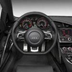 2009 Audi R8 V10 cockpit