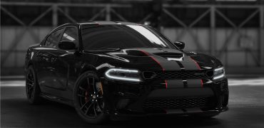2019 Dodge Charger SRT Hellcat Octane Edition 5 e1559842465128 370x180 - Dodge Charger SRT Hellcat Octane Edition: Black Is The New Black