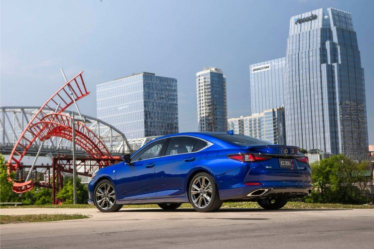 2019 Lexus ES 350 F Sport Review: Well-Balanced For The Daily Drive 16