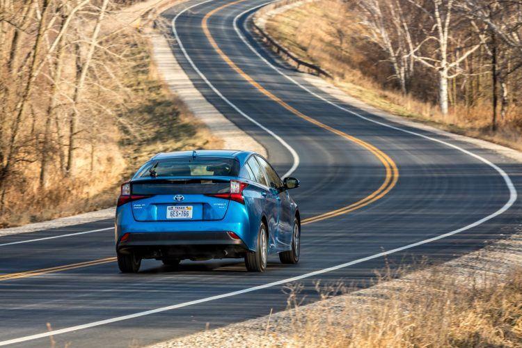 2019 Prius XLE AWD e Blue 11 C15DBF728317B45DF08664FF499A22359C56BFE1