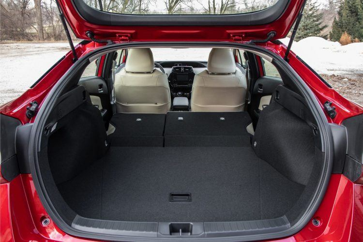 2019 Prius XLE Red AWD e 11 2E84A790F1D8F8C18F838B16810533D01287AC39