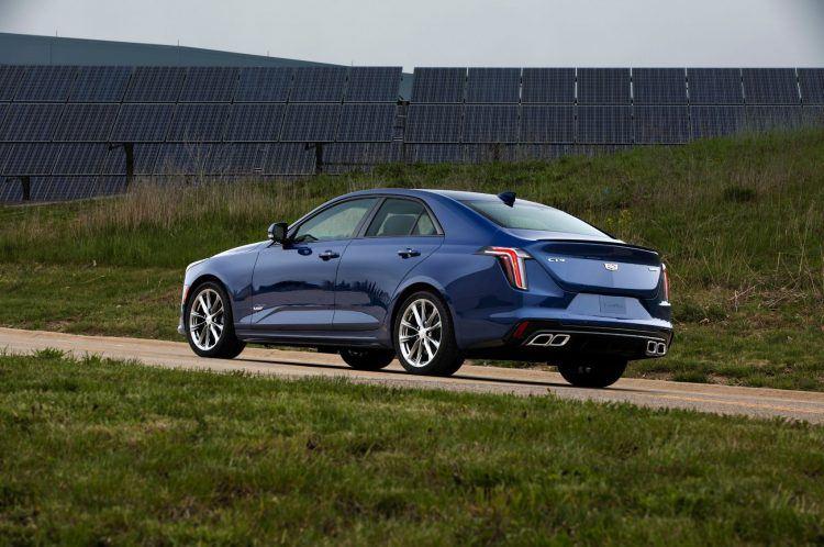 2020 Cadillac CT4 V 002