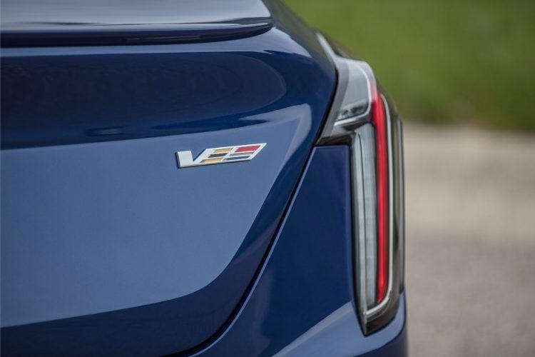 2020 Cadillac CT4 V 004