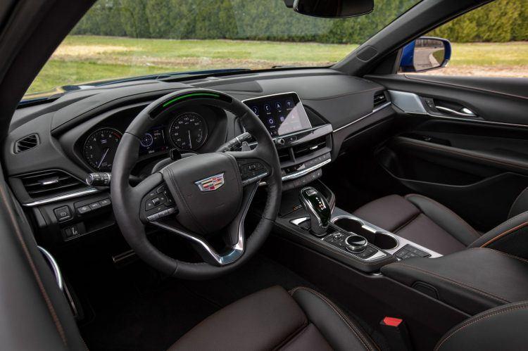 2020 Cadillac CT4 V 011