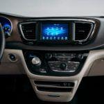2020 Chrysler Voyager 6