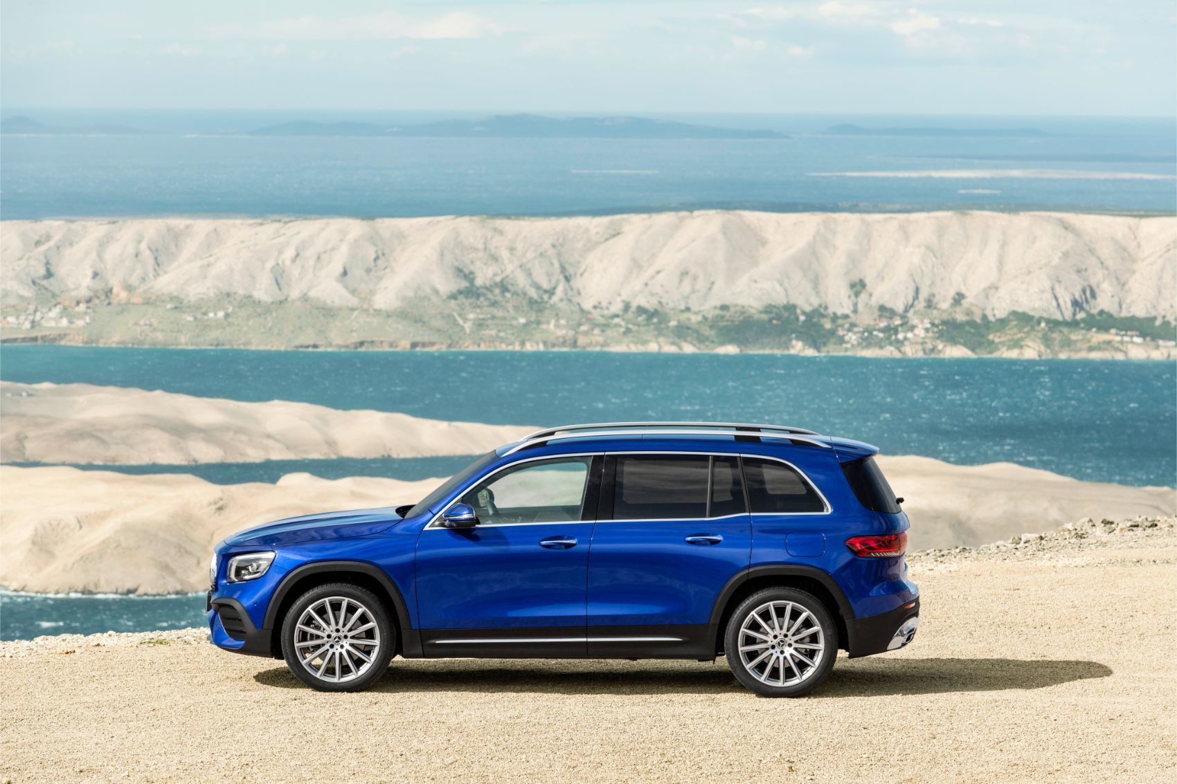 7 Seater Cars >> Mercedes-Benz GLB 250: Small Enough For Families of Seven