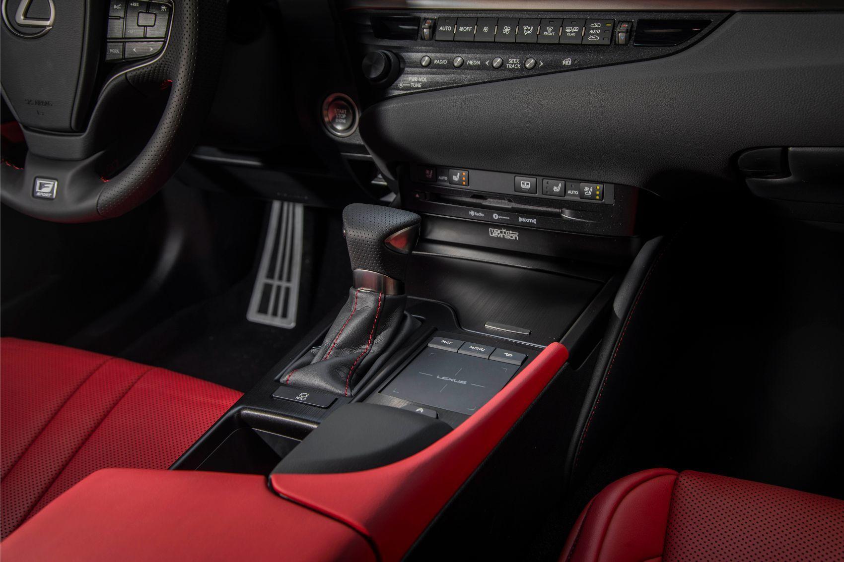 2020 Lexus ES 350 touchpad interface.