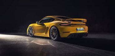 PCNA19 0854 fine 370x180 - 2020 Porsche 718 Cayman GT4: Flat-Sixes & Perfect 10s