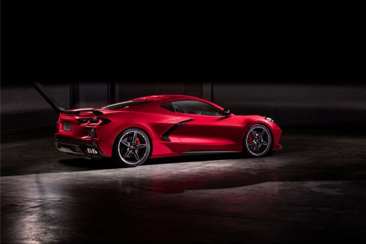 2020 Chevy Corvette Stingray: Finally, The Mid-Engine Vette  3