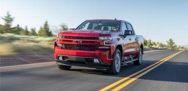 2020 Chevrolet Silverado Diesel 100 370x180 - Chevy Silverado 1500 Duramax Sails Past Rivals, Fuel Economy Announced