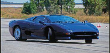 9780760363348 p90a 370x180 - Automoblog Book Garage: Supercar Revolution