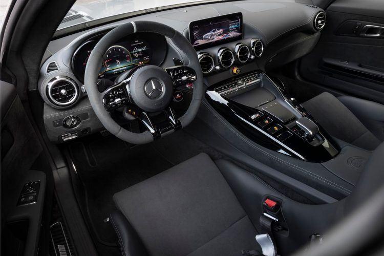 Mercedes AMG GT R PRO 9