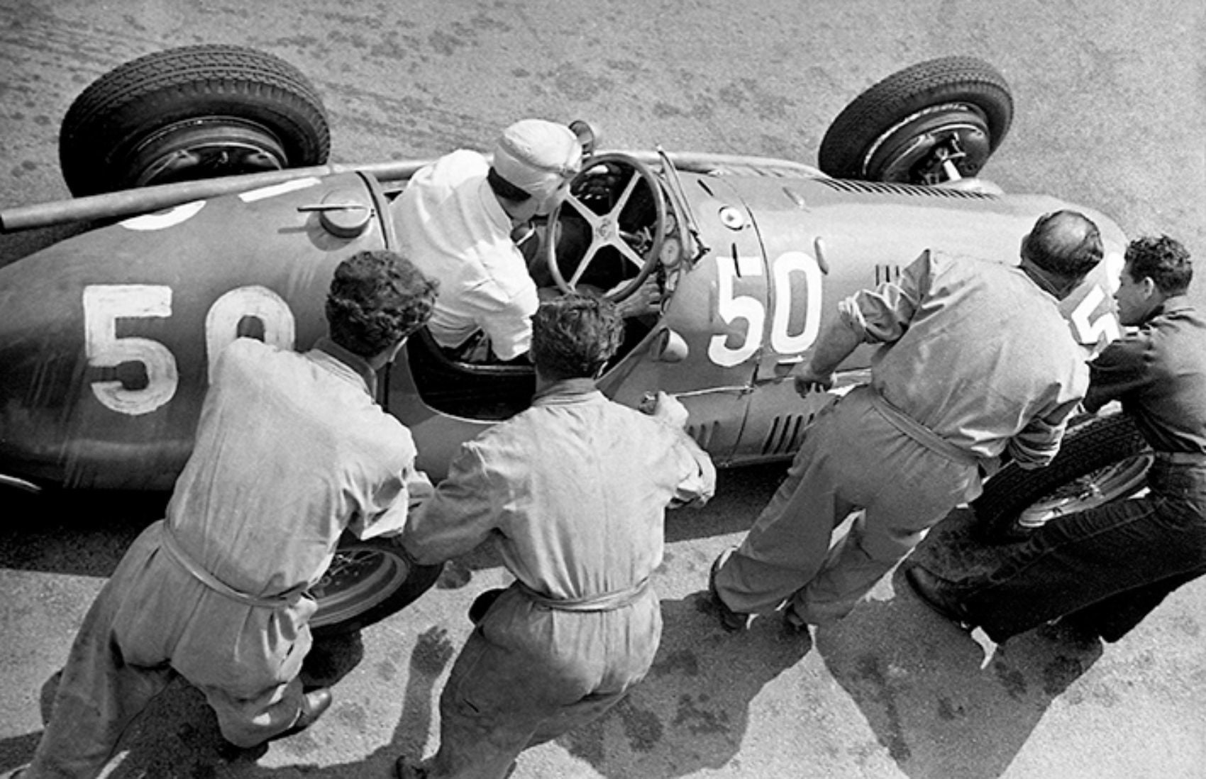 Automoblog Book Garage: Formula 1 – The Knowledge (2nd Edition)
