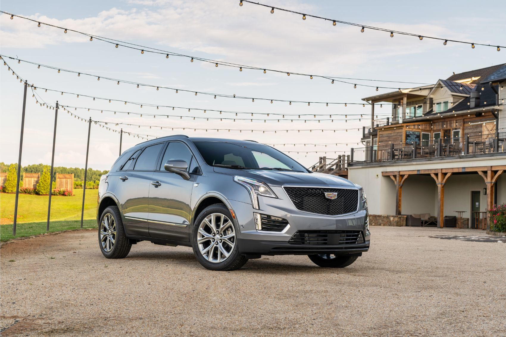 2020 Cadillac XT5: Caddy's Best-Seller Gets A Whole Lotta Updates!