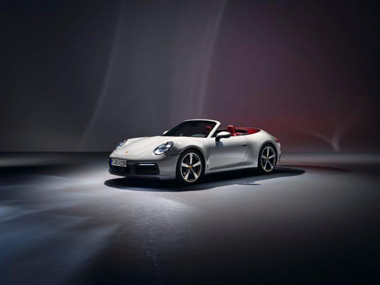 2020 Porsche 911 Carrera and 911 Carrera Cabriolet 2 750x563 - 2020 Porsche 911 Carrera & 911 Carrera Cabriolet: A Brief Walk Around