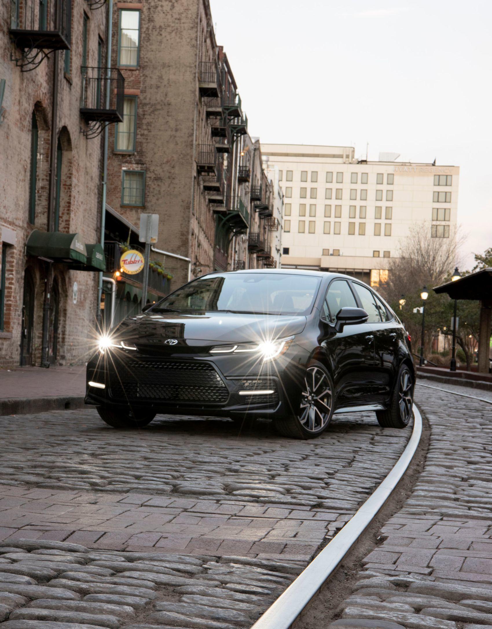2020 Corolla XSE BlackSandPearl 003 B00F12724B742DB30FB13C8F468D12C417113EF4