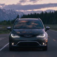 CH019 092PFnv8unm1mcmido0llbfj6p99bqf 200x200 - 2019 Chrysler Pacifica Hybrid Limited Review: A Fine Fit For Families