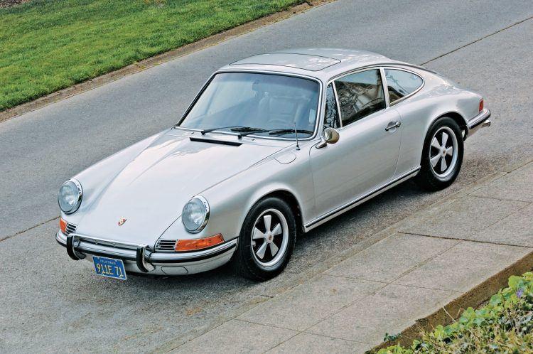 The Complete Book of Porsche 911 p69