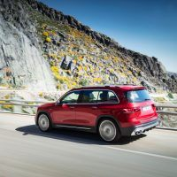 19C0560 020 source 200x200 - 2021 Mercedes-AMG GLB 35: Small SUV Wears Affalterbach's Wardrobe